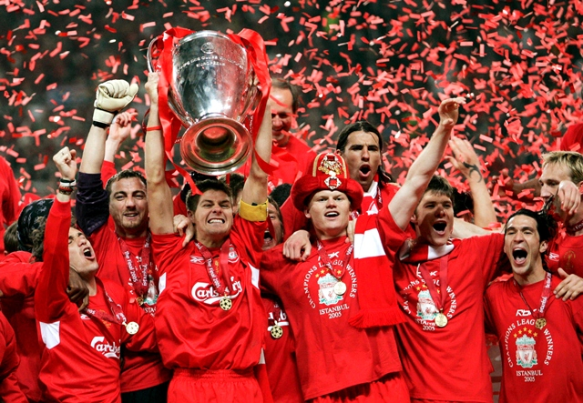 Football - Liverpool v AC Milan UEFA Champions League Final - Ataturk Olympic Stadium, Istanbul - 25/5/05Liverpool's Steven Gerrard lifts the Champions League trophy with his team mates Mandatory Credit: Action Images / Darren WalshLivepic