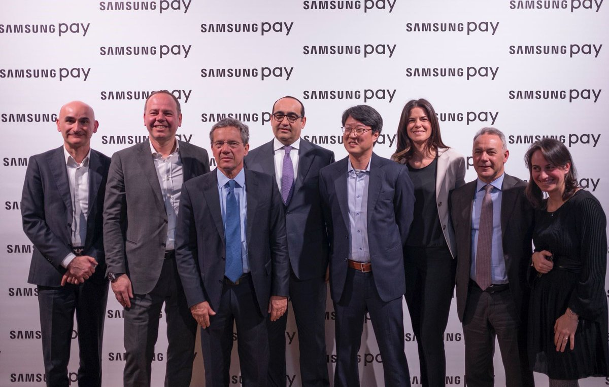family picture samsung pay launch in italy.jpg_large