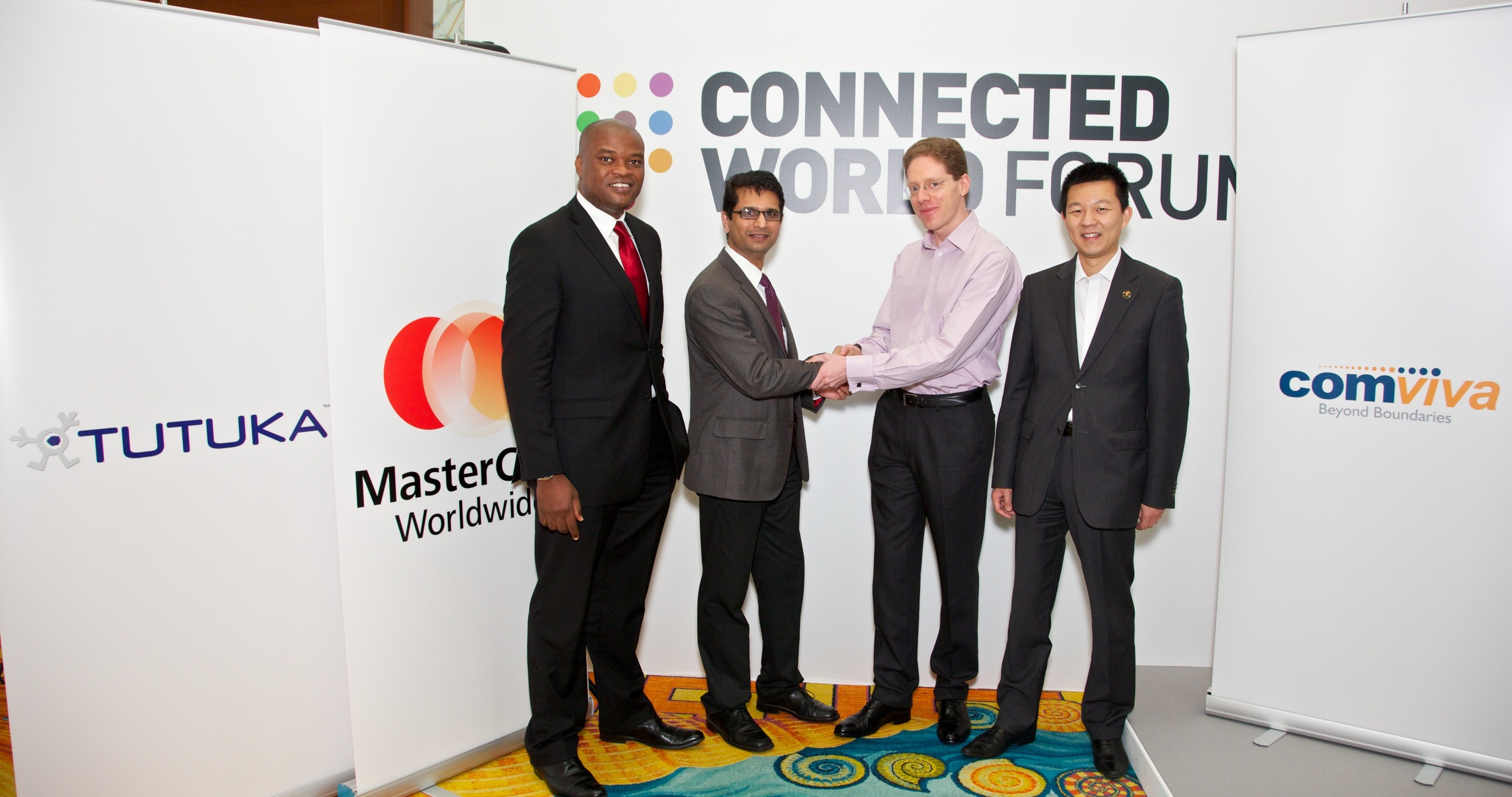 From left to right: Daniel Monehin, division president, Sub Saharan Africa, MasterCard, Worldwide; Seshadri Kulkarni, Head of Global Business Development, Mobile Financial Services, Comviva; Rowan Brewer, CEO, Tutuka; and Mung-Ki Woo, global executive mobile, MasterCard, Worldwide