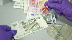 Flickr Photo: Europeans Rank Cash as Dirtiest Everyday Item
